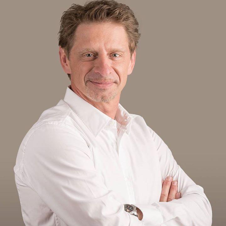 Dr. Arthofer