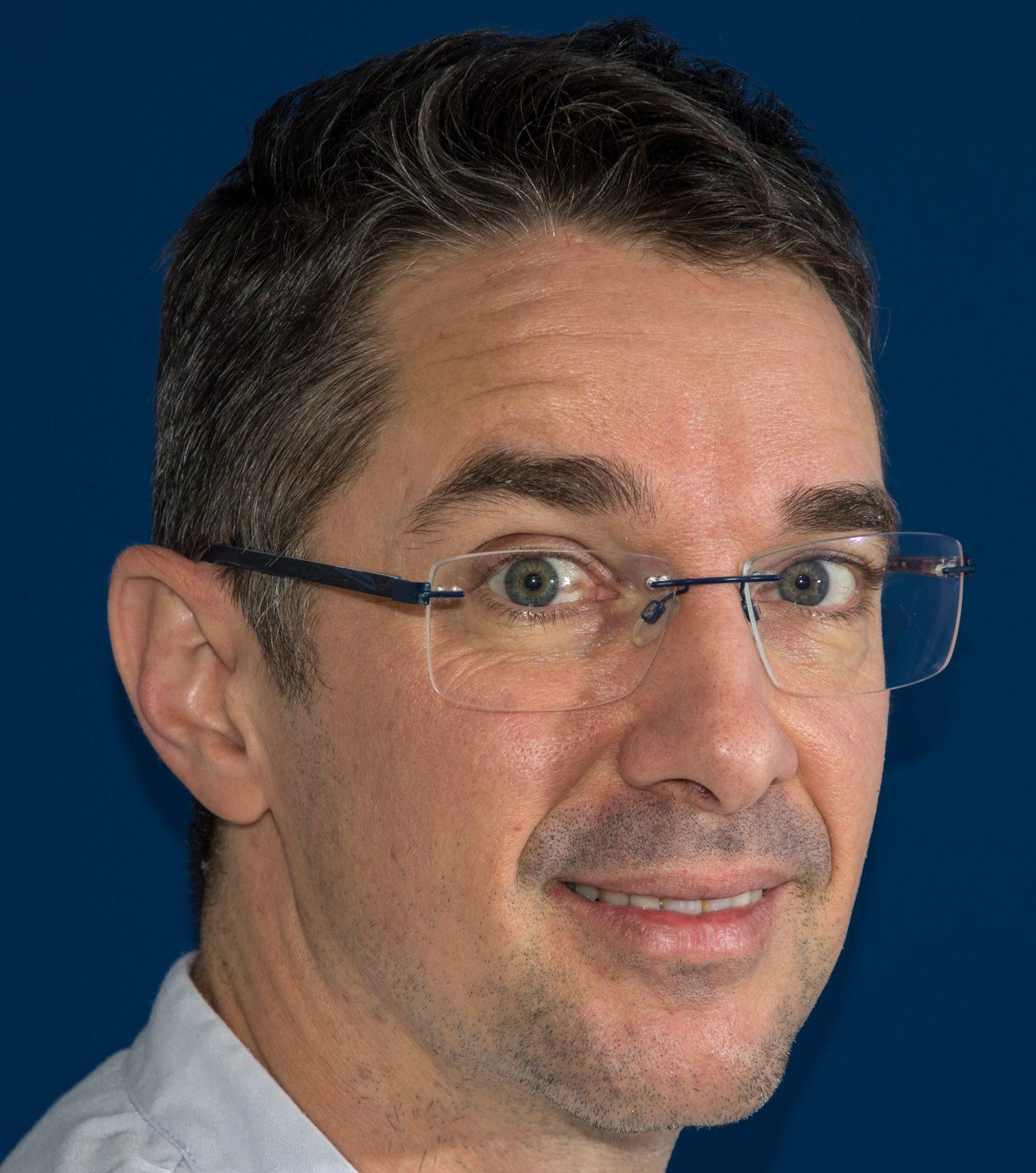 Dr. Paier
